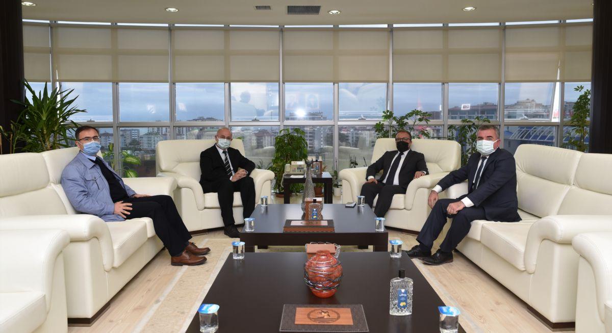Kaymakam Nayman ve Belediye Başkanı Özdemir'de Omü Ziyareti