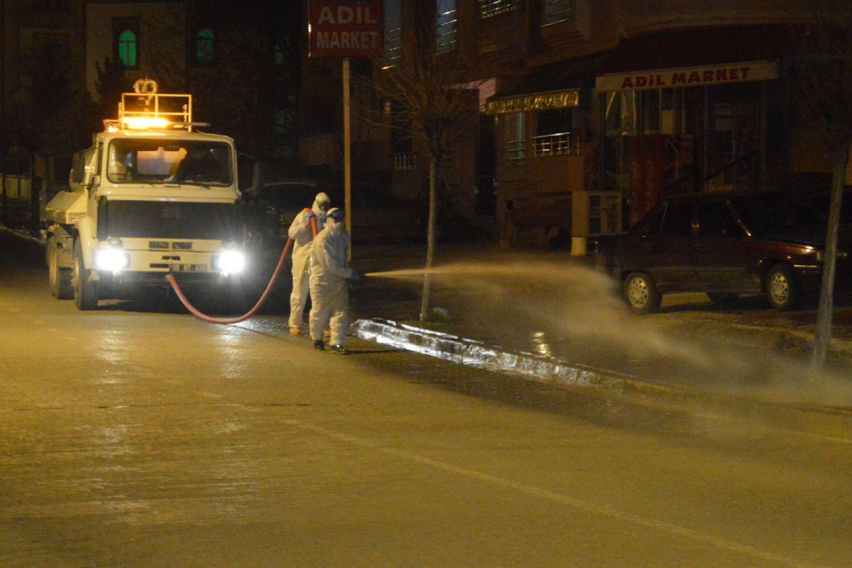 Şehit Yarbay Mesut Kuru Caddesi Dezenfekte Edildi