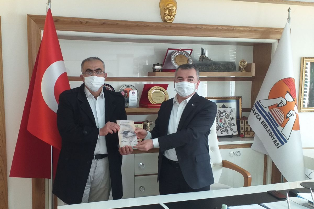 Şair Karabut Başkan Özdemir'e Ziyaret