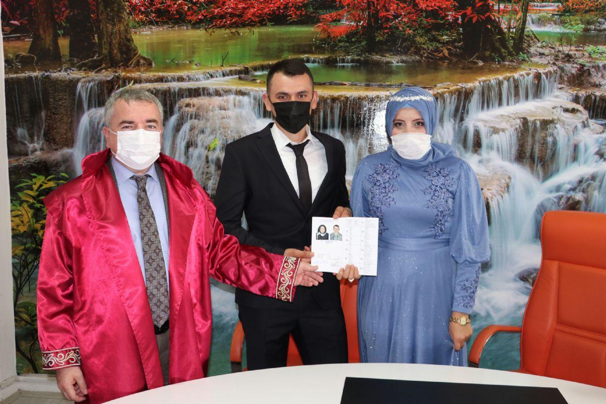 Havza Belediye Başkanı Özdemir Mutluluklarına Ortak Oldu