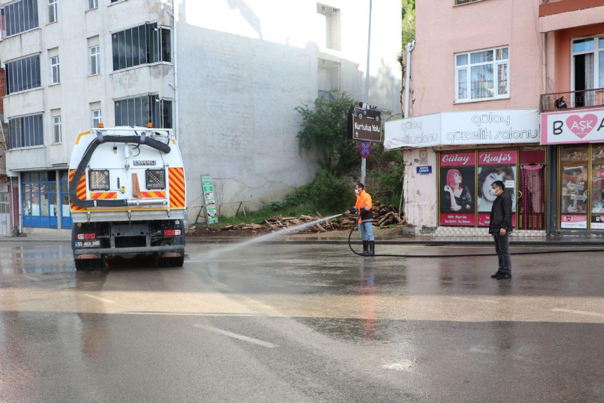 Havza Belediyesinden Yol Temizlik Çalışması