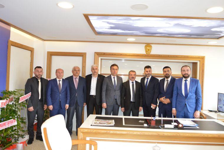 Sevdamız Samsun Platformu, Havza Belediye Başkanı Sebahattin Özdemir'i Ziyaret Ederek Platform Tarafından Yürütülen ' Çocuklarımız Samsunspor'la Buluşuyor ' Projesi Hakkında Bilgiler Verdiler.