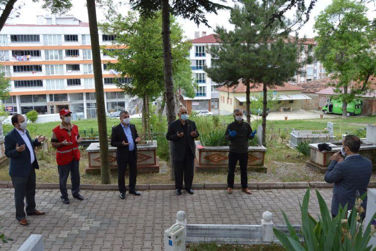 Havza'da Kabristan Ziyareti