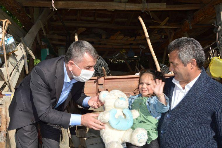 Başkan Özdemir'den Şehit Kızına Sürpriz