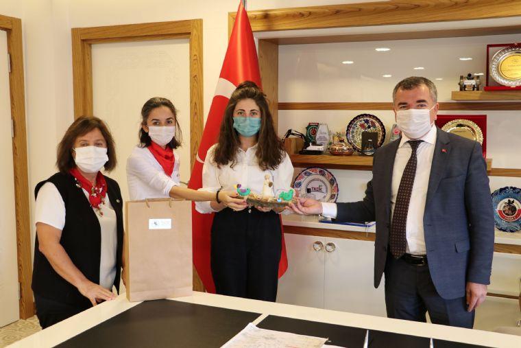 Üreten Kadınlardan Başkan Özdemir'e Teşekkür Ziyareti