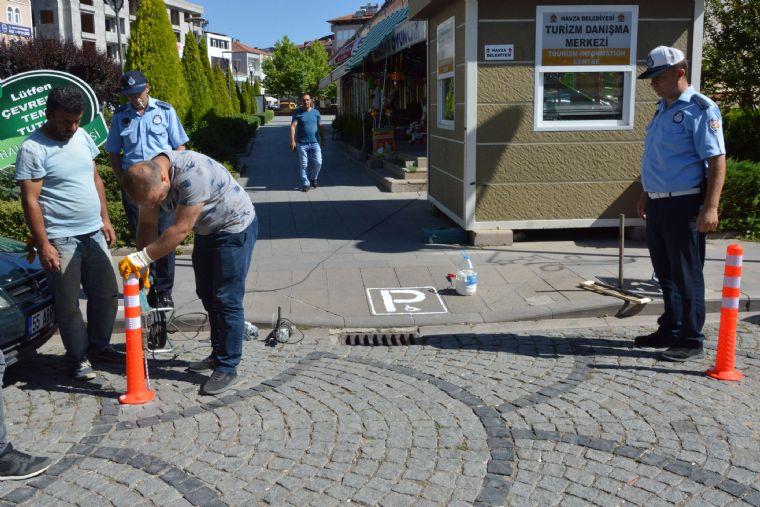 Havza Belediye Başkanı Sebahattin Özdemir İlçe Merkezinde Farkındalık Oluşturulmak Engelli Rampaları ve Engelli Otopark Yerlerine Yönelik Çalışmaların Başlatıldığını Belirtti.