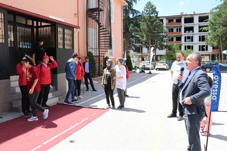 Başkan Özdemir'den Yaz Spor Okullarına Davet