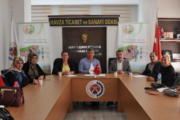"""Havza Belediye Başkanı Özdemir; """" Bayanlara Destek Vermekbizlere Onur Verir """""""