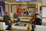 Başkan Özdemir'e Kitap Hediye Ettiler