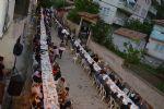 Yeni Mahalle Muhtarı Adem Şahin Tarafından Geniş Katılımlı İftar Yemeği Verildi.