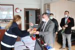 Havza Belediye Başkanı Özdemir'den Çalışan Bayanlara Karanfil