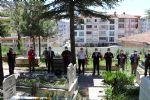 Havza Belediye Başkanı Özdemir'den Mezarlık Ziyareti